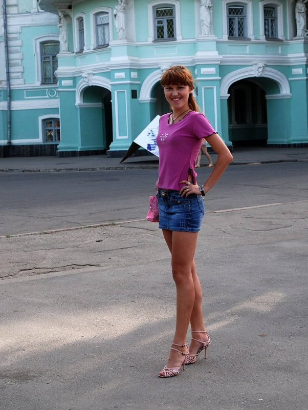 Частное фото девушек русских в юбках