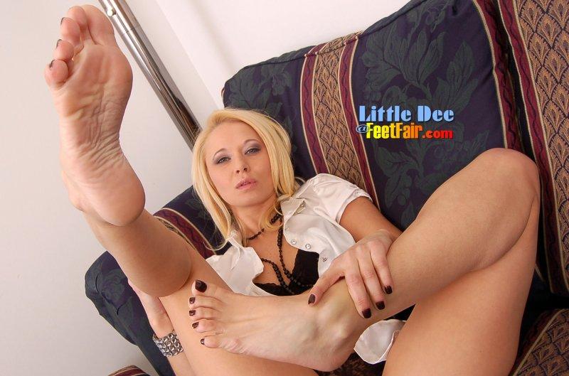 Фут фитиш женских ног порно