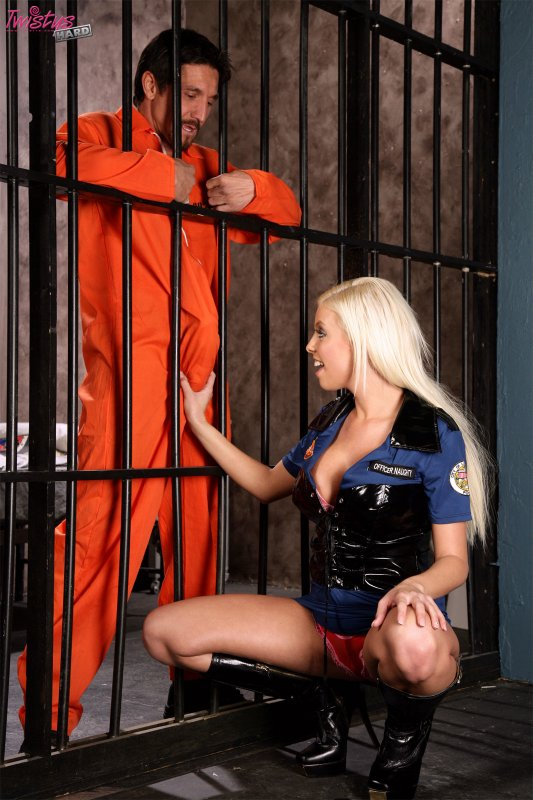 Секс и порно в тюрьме фото 696-843