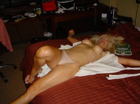 секс с резиновой женщиной фото