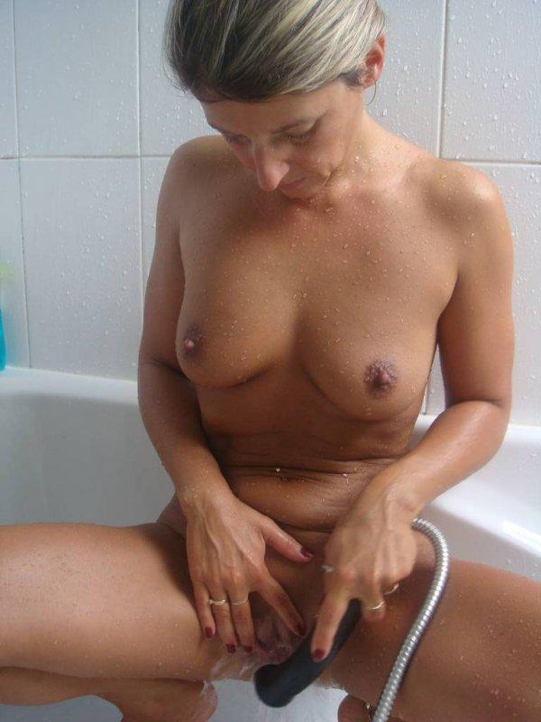 Красивые девушки моются фото