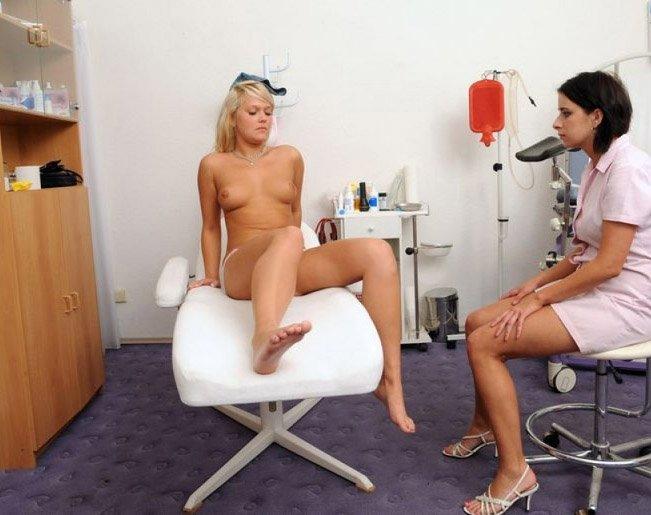 Смотреть порно молоденькие девочки на приеме у врача бесплатно в хорошем качестве 21 фотография