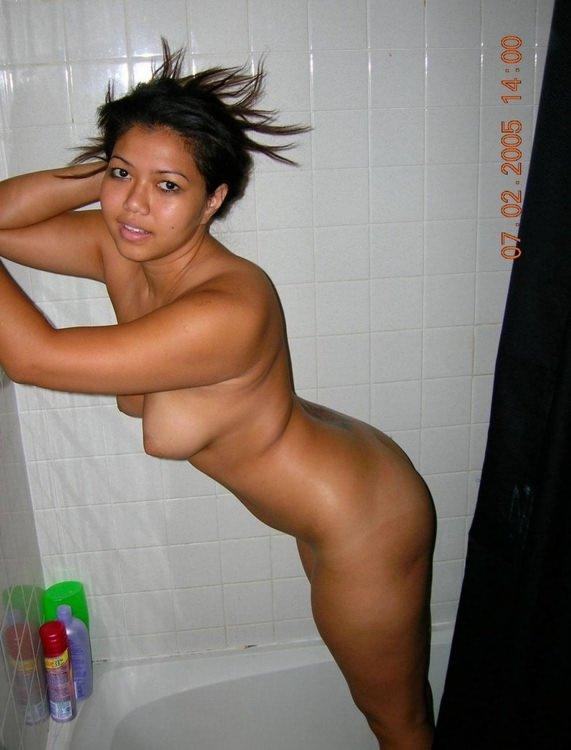 девочки в ванной фото голые