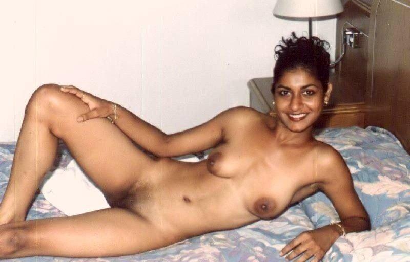 фото вконтакте голые индийские девушки