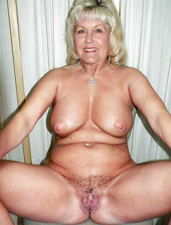 рисунки голых бабушек
