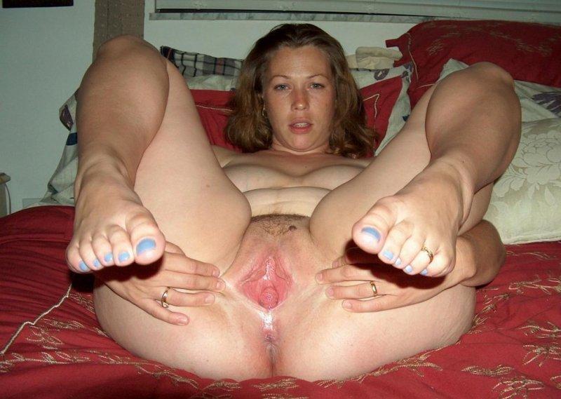 Пизда фото ножки