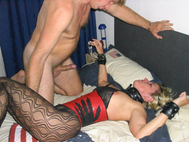 снять проститутку ролики