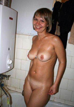 порно видео в ванной в душе