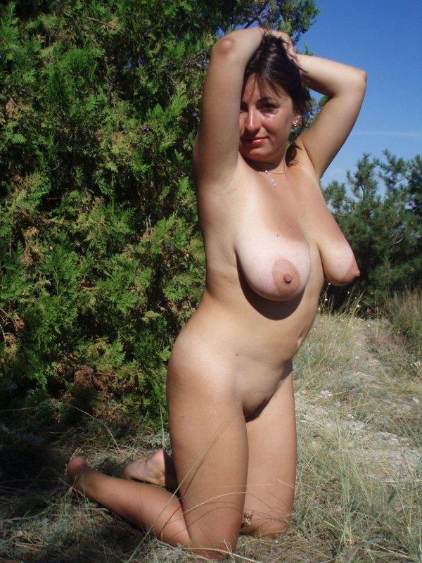Порно фото на природе большая грудь фото 457-97