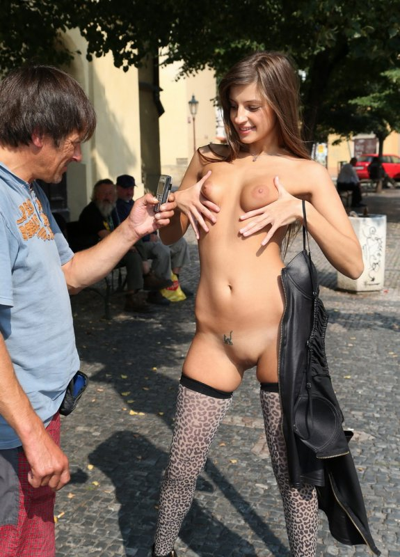 porno-pryamo-na-lyudyah-video-gospozha-ledi-shantal-porno-video