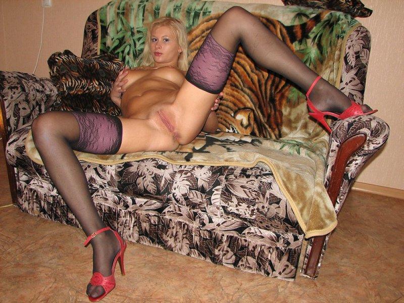 колготках фото проституток и в чулках