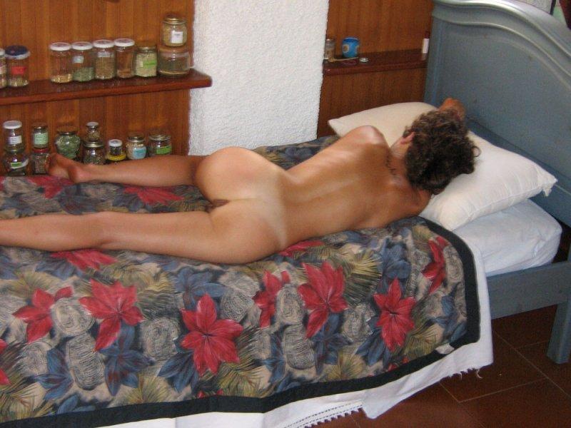 Спящие муж и жена голые 4 фотография