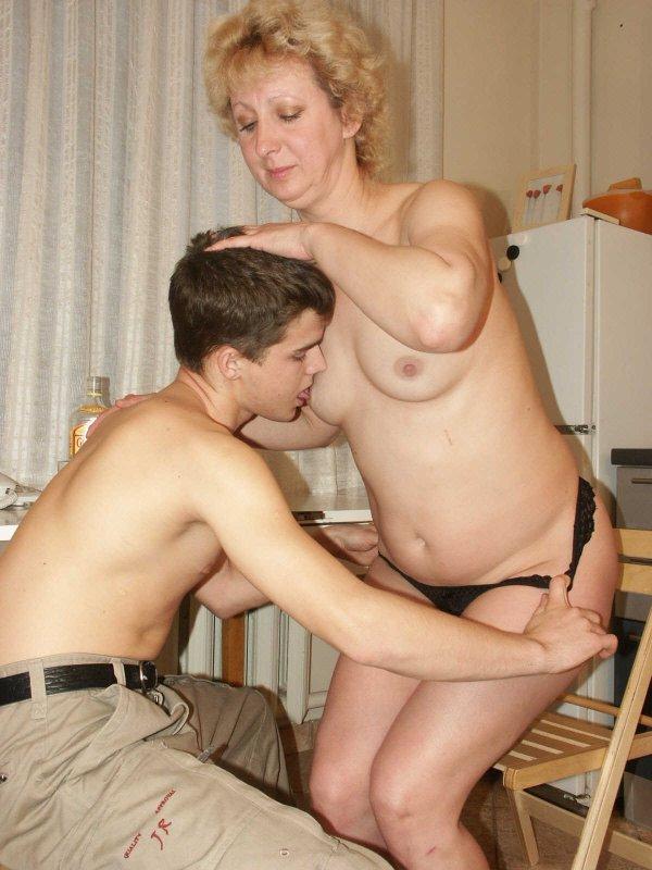 секс фото с тетей и мамой