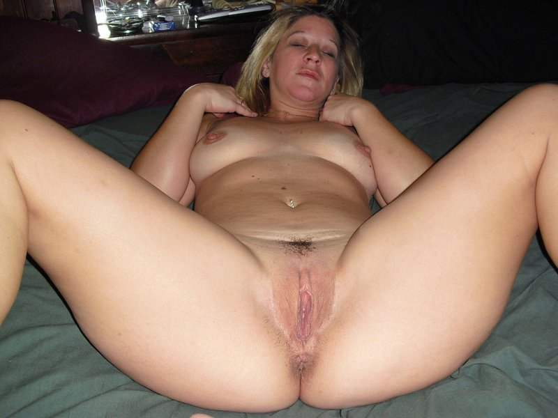 раздвинутые ноги у женщин фото