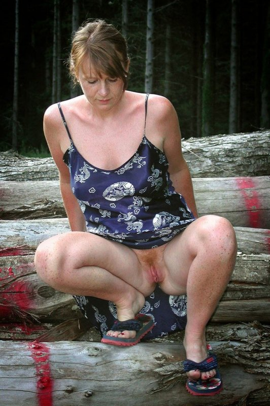 фото между ног женщин
