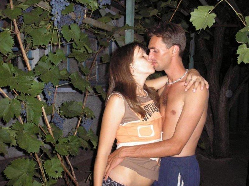 Жена без мужа на даче трахается фото 508-952