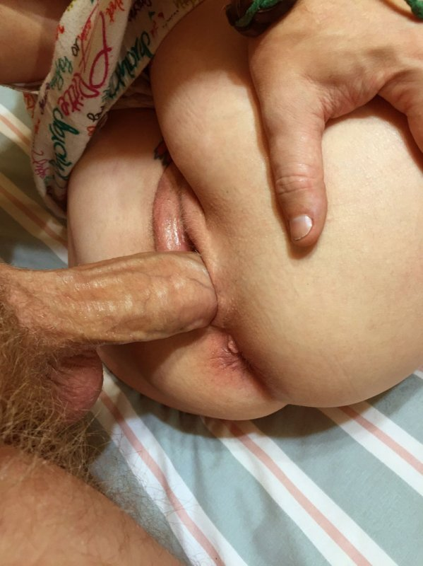 старушка в одниъ чулках