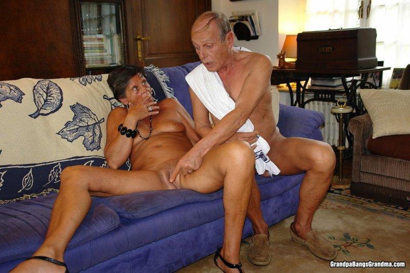 Смотреть порно старый дед и старая бабка