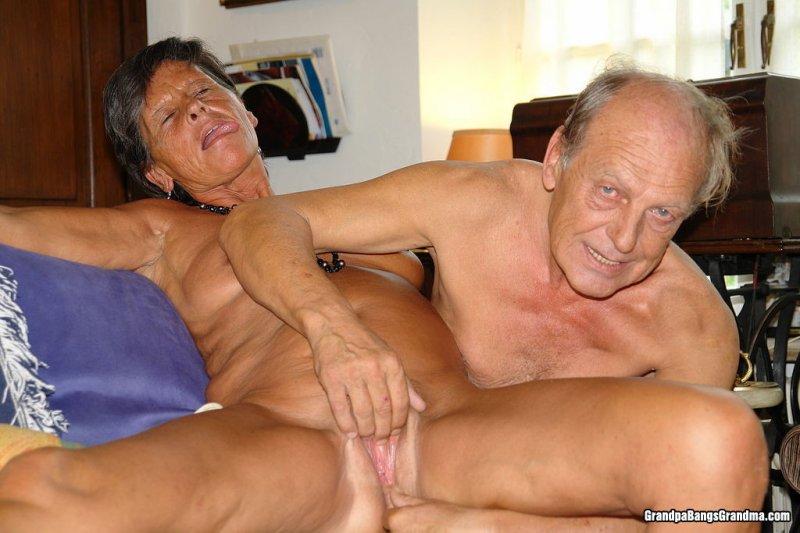 Бабка и внучка и дед порно онлайн