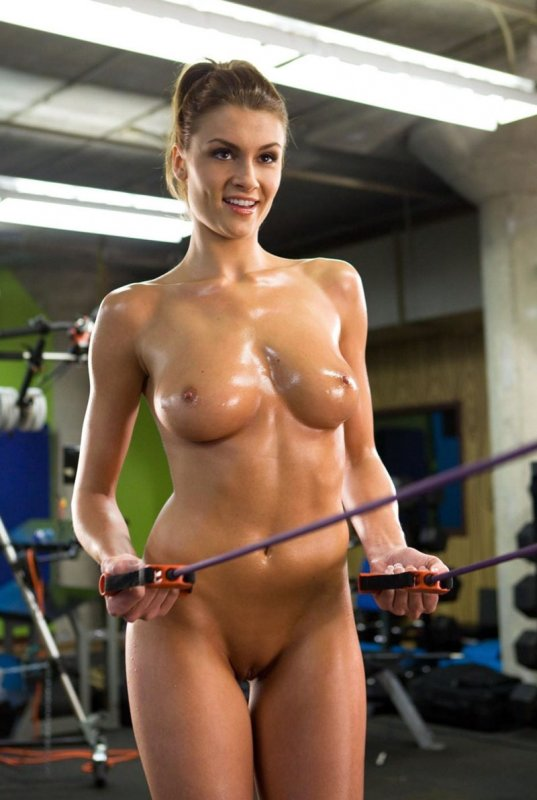девушки со спортивным телом обнаженные