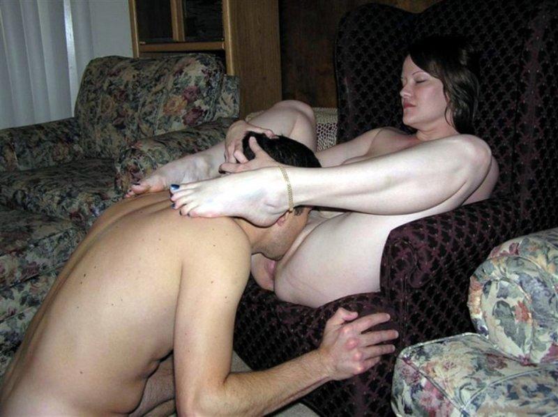 лизнул проститутке истории пизду