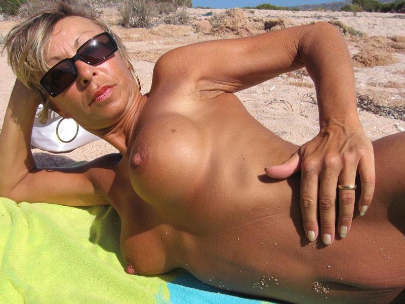 фото секса с загорелыми на пляже