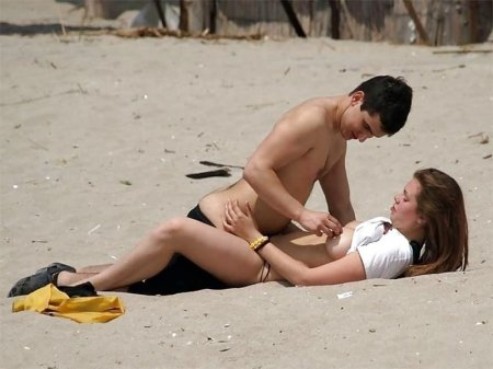 дрочка на пляже на глазах