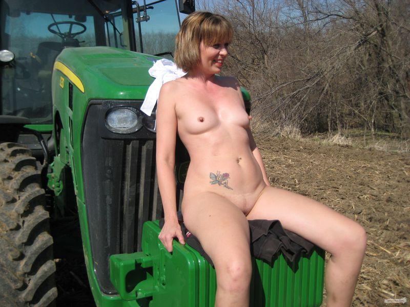 Смотреть бесплатно русское порно на тракторе