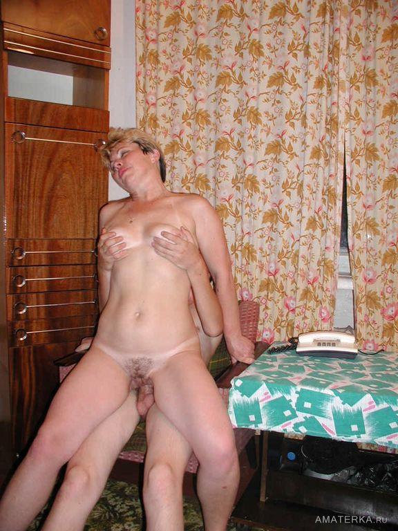 секс ролики тетка в деревне