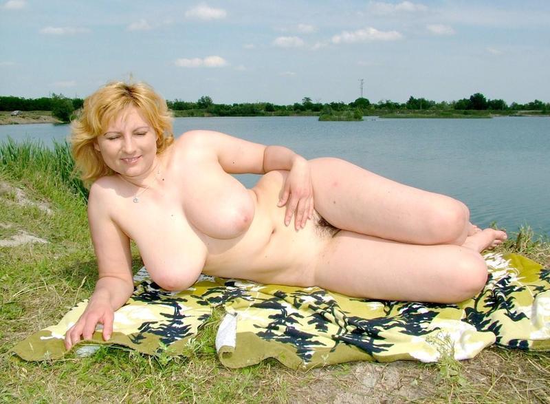 Зрелые на озере