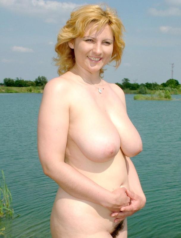 фото большие зрелые сиськи в пруду № 55663