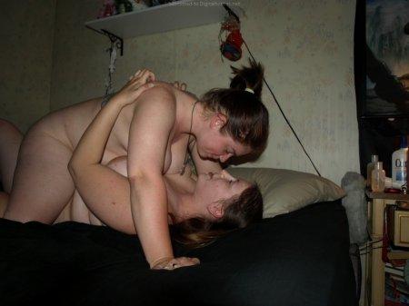 Из жизни двух толстых подруг бисексуалок