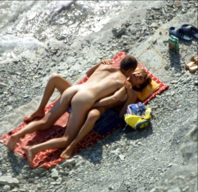 nudistkie-plyazhi-seks-krim