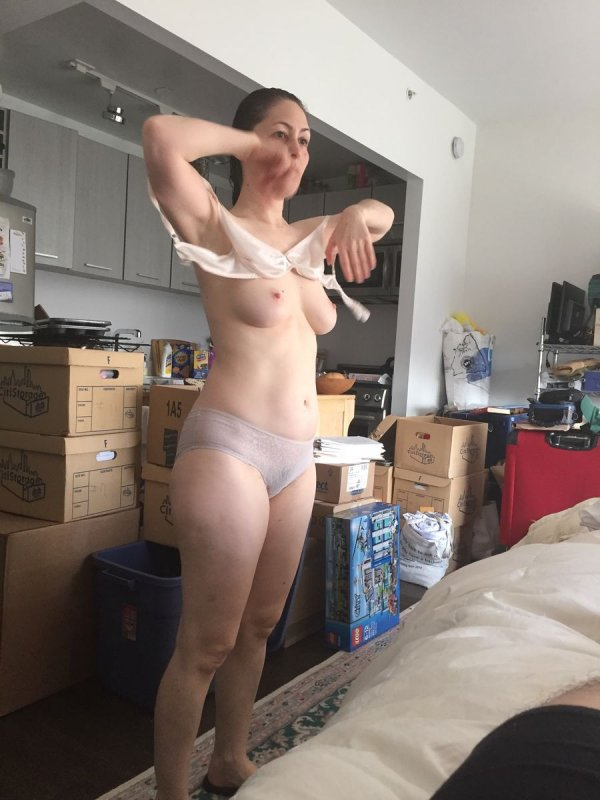 видео скрытой камерой девушек частное